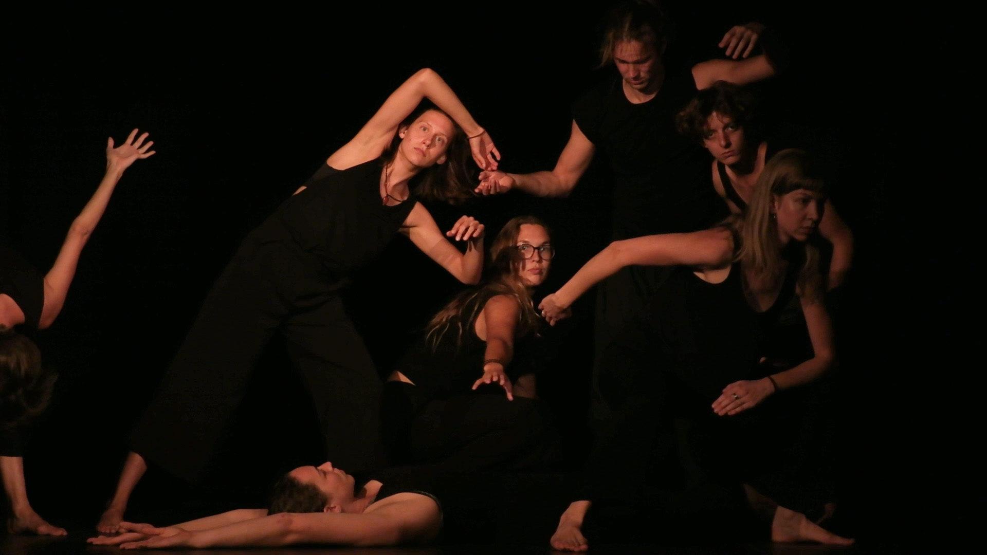 Beitragsbild Homo Ludens – von Tanz und Spiel