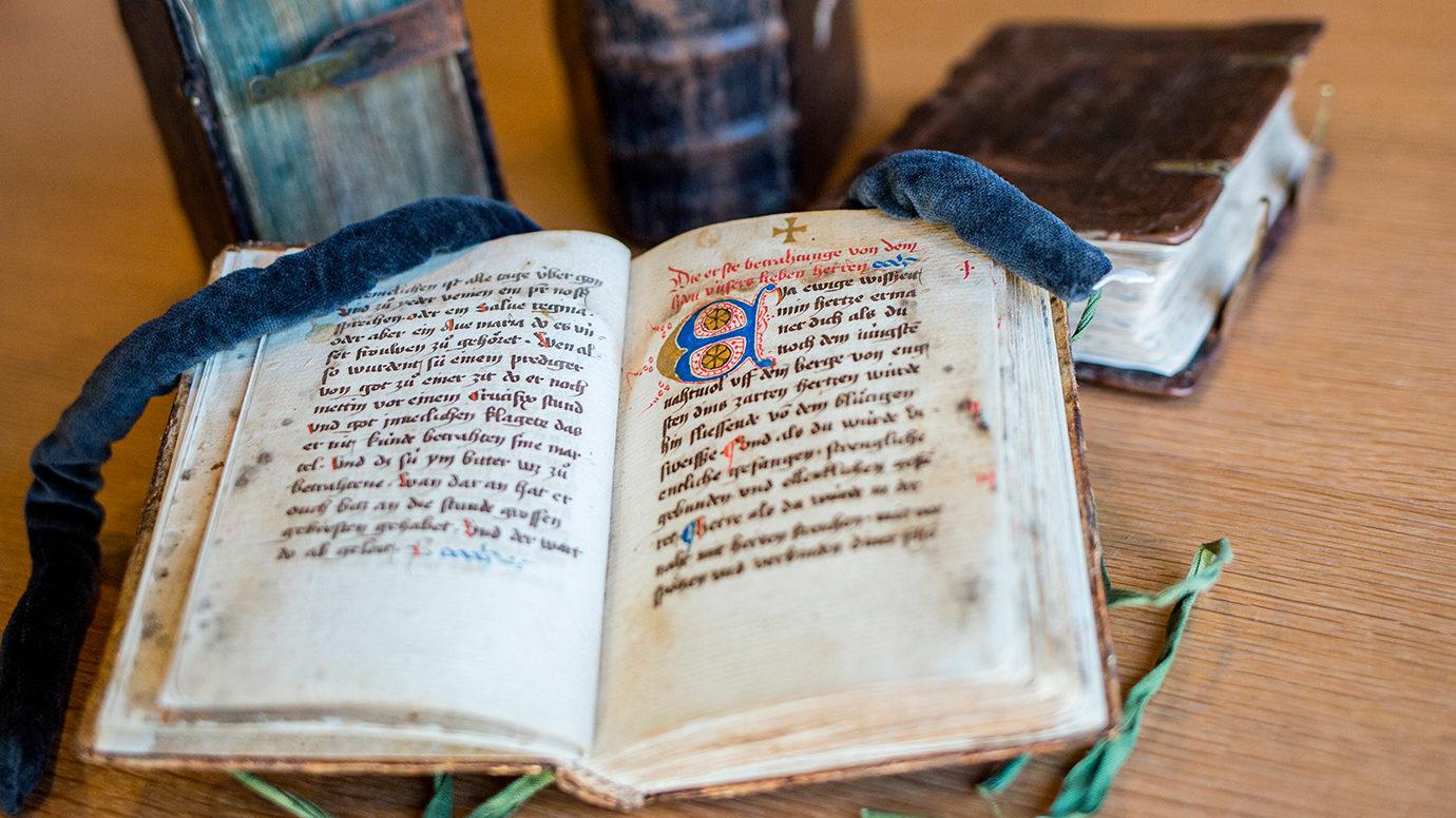 Beitragsbild Buochmeisterinne – Freiburger Handschriften
