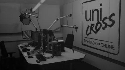 Radiostudio von uniCROSS in Schwarzweiß