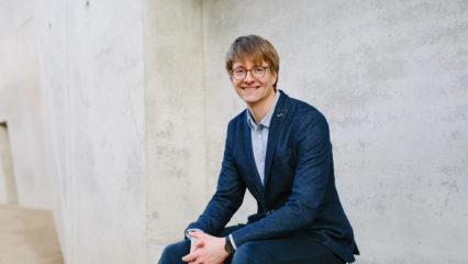 Dr. Bastian Schiller